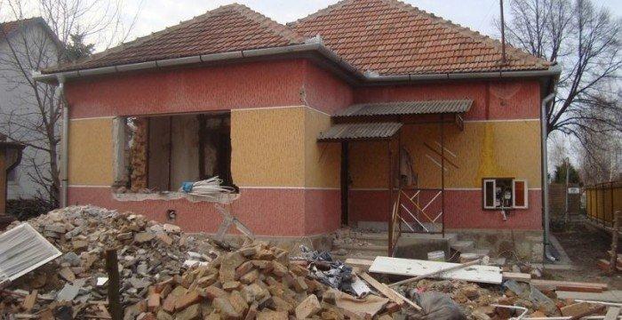 Rengeteg pénzt adnak régi családi házak felújítására – szenzációs pályázat jön