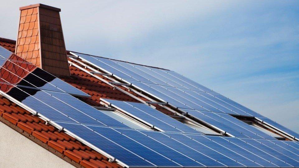 Tévhit, hogy a napelemeknek csak nyáron van értelmük